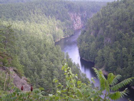canyon-405422